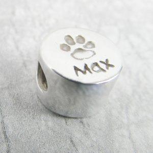 round paw print charm bead