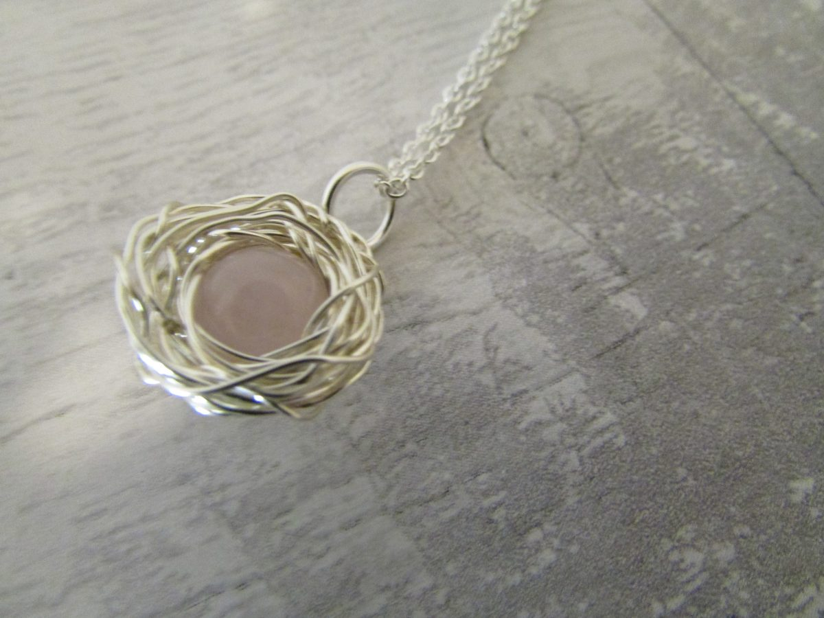 rose quartz gemstone egg nest necklace on an 18inch silver trace chain